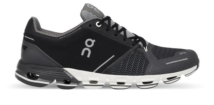95f7f1b4142 Samtidig er skoen markant mere stabil, og en sko rettet mod de tungere  løbere, som har hang til overpronation. Opbygget efter det klassiske On  Cloudtec- ...