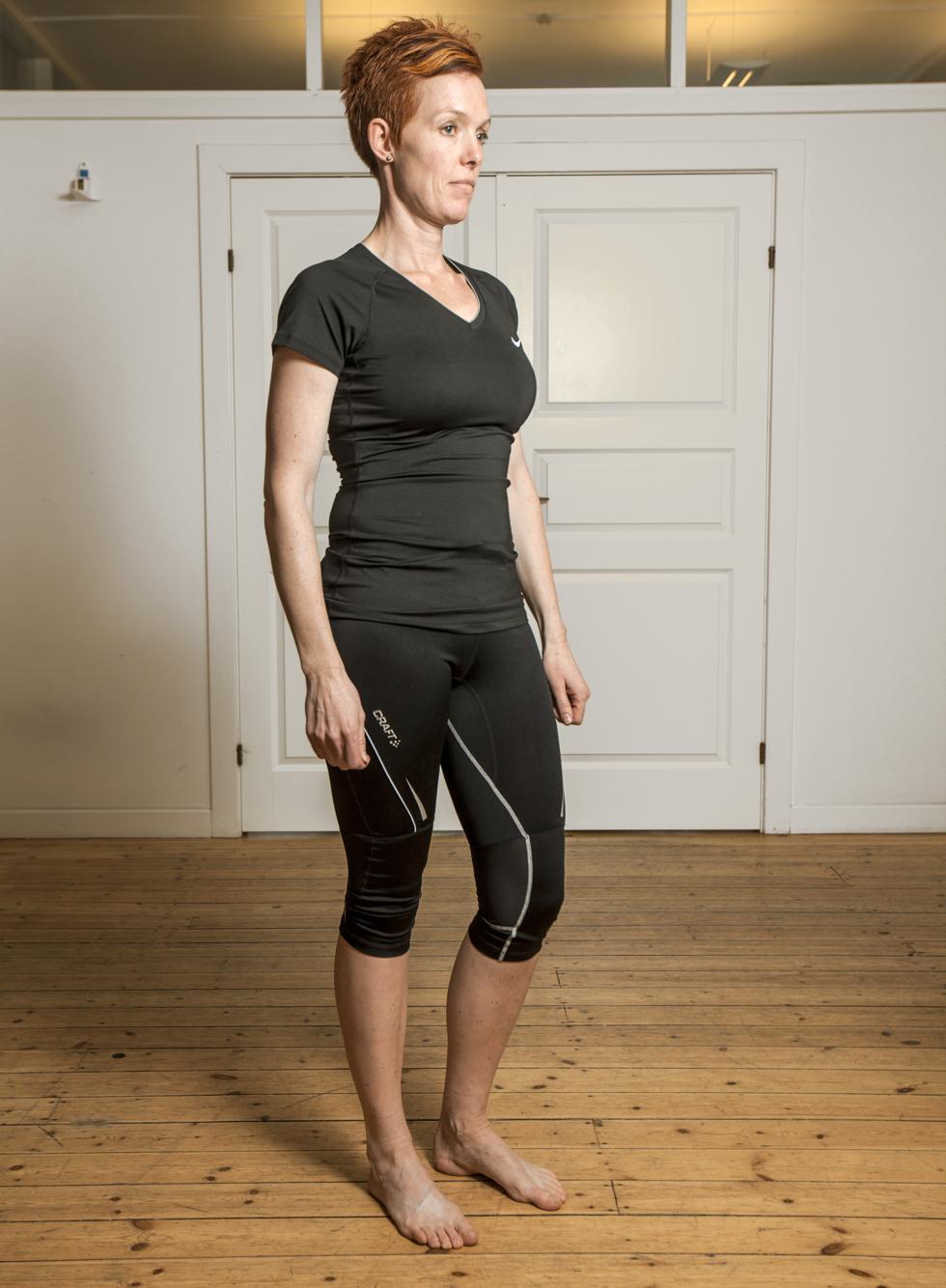 Dorthe hænger i hoften.