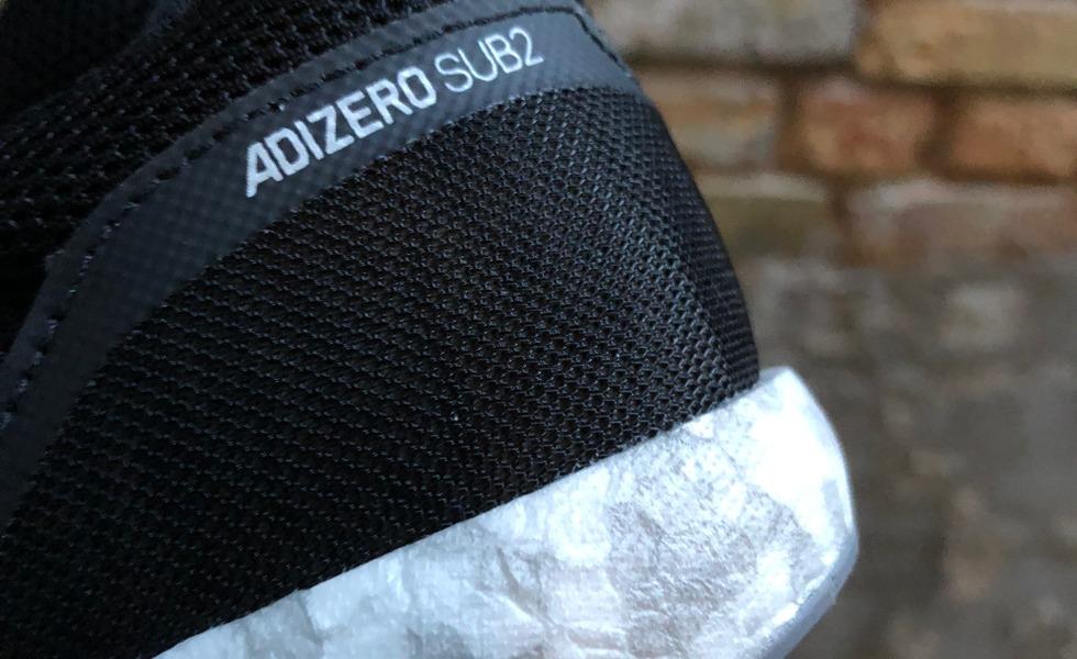 online retailer d82e0 16200 adidas kalder denne nye lette variant af boost, for Boost Light. Boost  Light giver samme returenergi som Boost, men er endnu lettere og derfor  mere ...